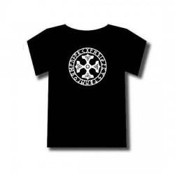 Tee-shirt avec motif nordique. Quatre marteaux de thor avec cercle de runes.
